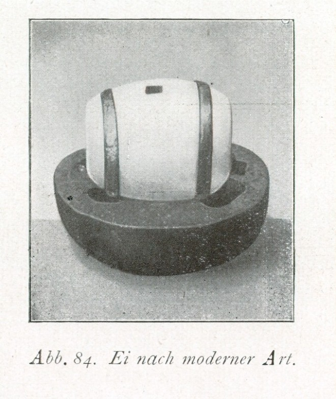 """Noch ein Foto des Kochbuchs von Löffelbein. Unter dem Kapitel """"Herstellung von verlorenen Eiern"""" werden aus übrig gebliebenen Eiern kleine Kunstwerke gemacht, hier nach """"moderner Art""""."""