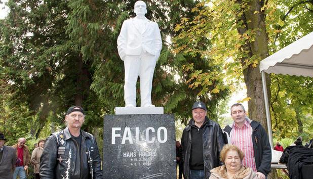 Alexander Hanel, Falco-Denkmal, Gars, 2011.
