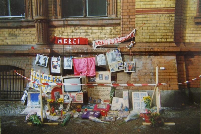 Thomas Hirschhorn: Altar Otto Freundlich, Berlin 1998